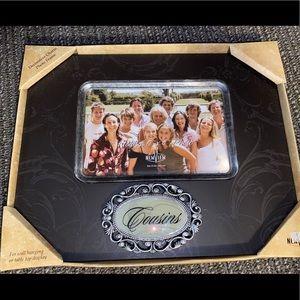 """NWT Cousins 6"""" x 4"""" photo frame brown w/ silver"""
